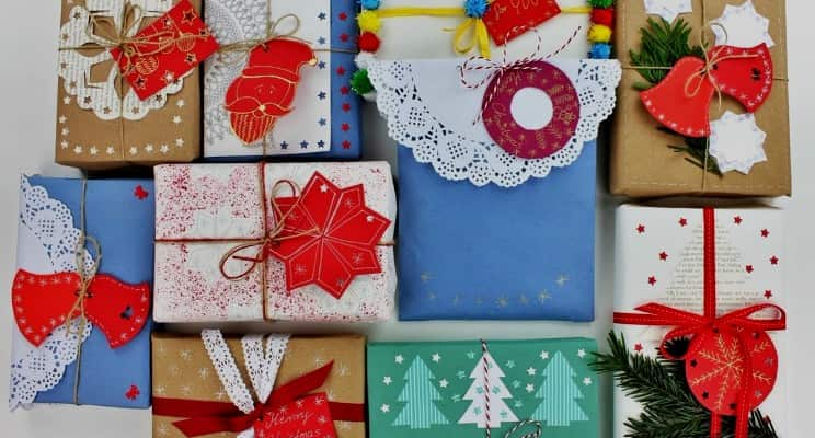 merry christmas gifts for friends