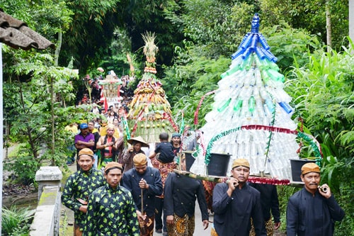 Christmas in Indonesia – A Public Holiday