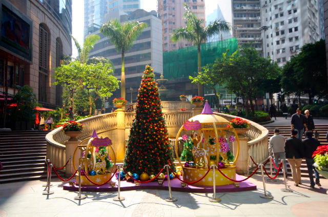 Amazing Christmas Traditions in the Hong Kong
