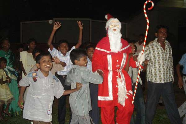 Christmas Traditions in Sri Lanka